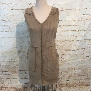 Sienna Sky S faux suede dress pockets EUC tan